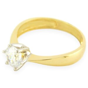 bague de fiançailles solitaire Eva zirconium en or jaune 10k
